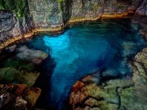 Cyprus-Lake-Grotto-Flickr-Michael-Vermeer