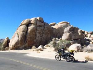 IMG_2292 bike & Rocks